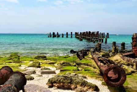 جزیره کیش محلی برای تولید و تبادل کالا وخدمات گردشگری